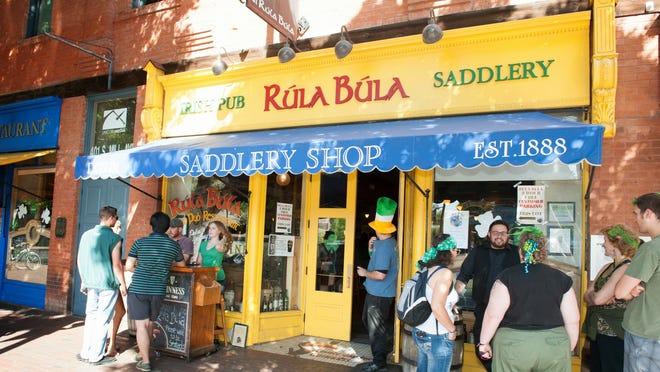Tempe Rula Bula Bar terpaksa tutup di Mill Avenue dekat ASU