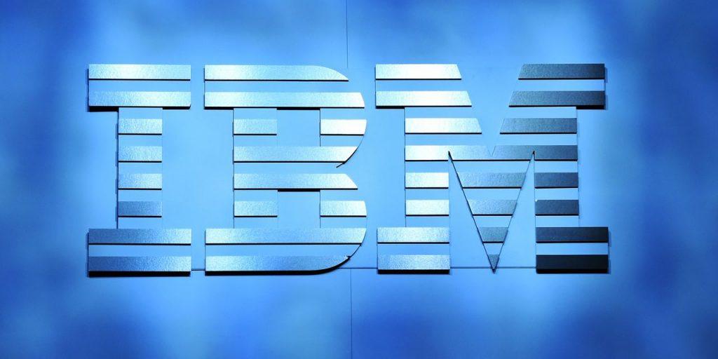 Estimasi pendapatan kuartal pertama dan pendapatan kuartal pertama untuk IBM