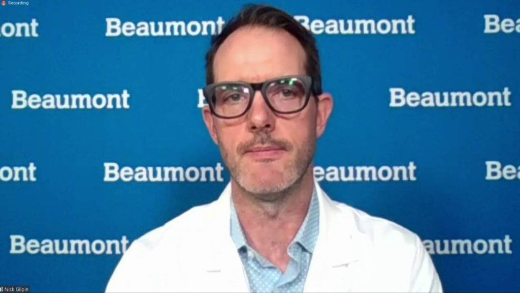 Seorang pejabat Beaumont Health yakin Michigan perlu memberlakukan lebih banyak pembatasan pada COVID-19