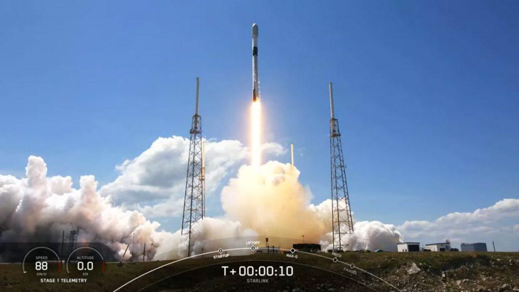 SpaceX meluncurkan 60 satelit Starlink lagi ke orbit dan menempel pada rudal