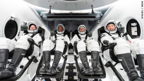 Astronot NASA tidak sabar untuk meninggalkan Bumi dalam misi SpaceX