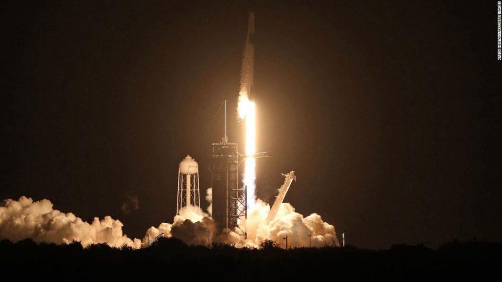 Misi SpaceX: Empat astronot kembali dari misi lima bulan ke Stasiun Luar Angkasa Internasional