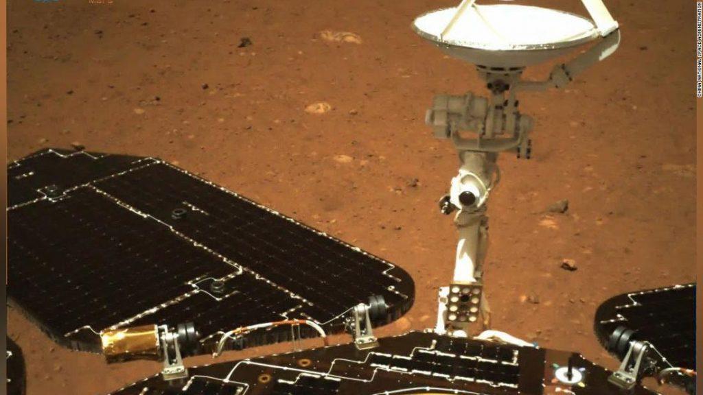 Zhurong: China menjadi negara kedua yang mengemudikan kendaraan di Mars