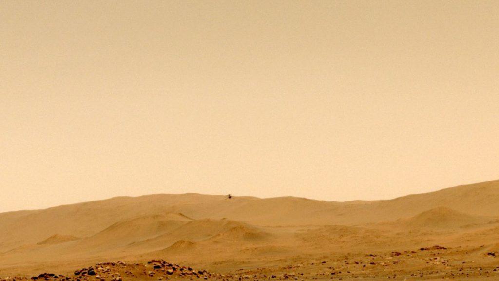 Helikopter Mars Ingenuity NASA mendarat di bandara baru setelah penerbangan kelima