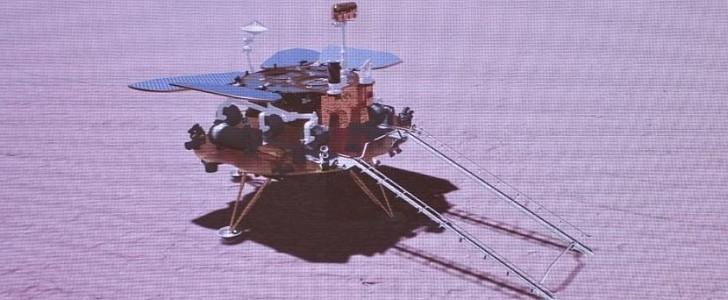 "Sekarang China telah mendarat di Mars, Amerika Serikat tidak ""memiliki ruang angkasa lagi""."