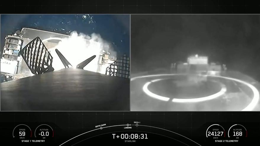 SpaceX menandai penggunaan kembali booster saat meluncurkan Starlink