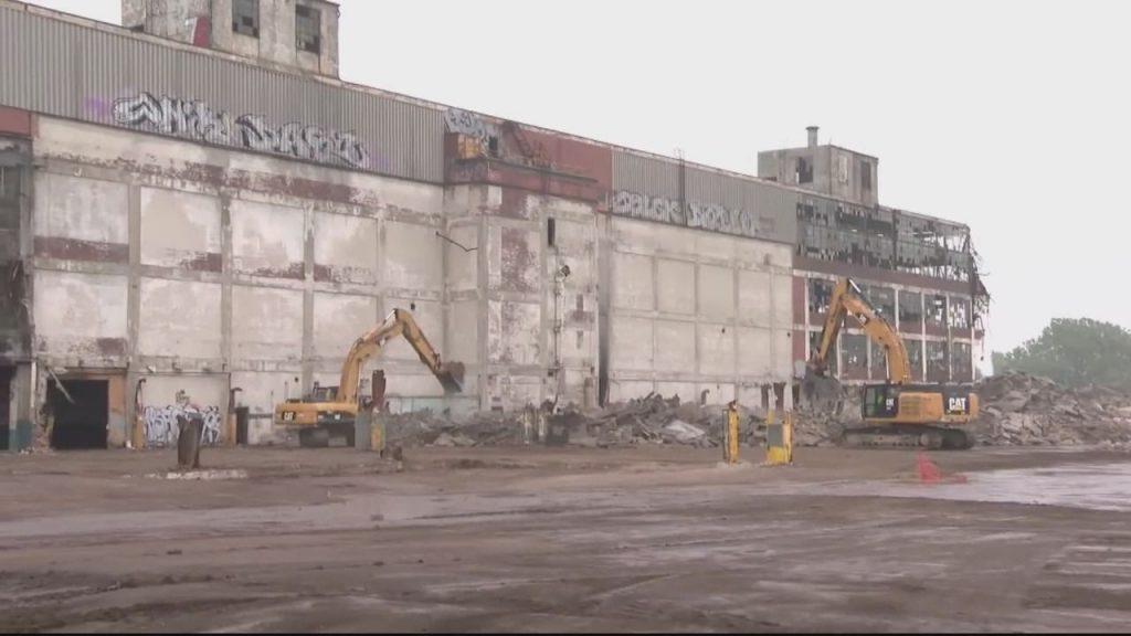 Pabrik Segel Cadillac di Detroit mengalami perubahan dan menciptakan ratusan pekerjaan