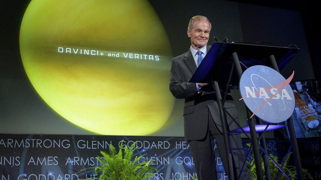 Direktur NASA merinci misi ke bulan, Mars, Venus, dan upaya agensi di Bumi