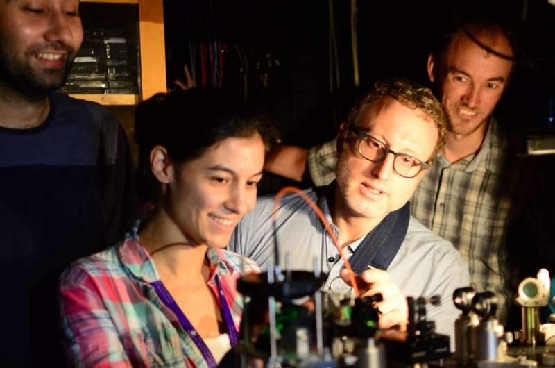 Peneliti Australia telah menciptakan mikroskop kuantum yang dapat melihat hal yang mustahil