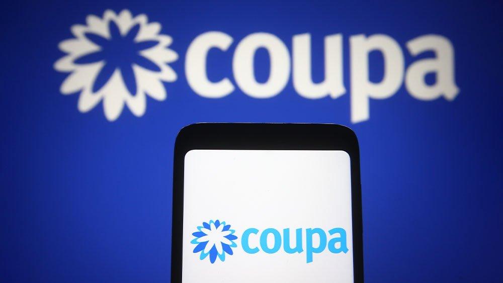Saham Coupa jatuh karena perkiraan pendapatan pembuat perangkat lunak naik berdasarkan perkiraan