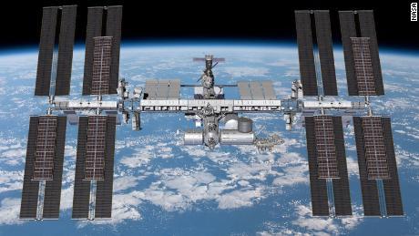 Susunan surya di stasiun luar angkasa akan ditingkatkan.