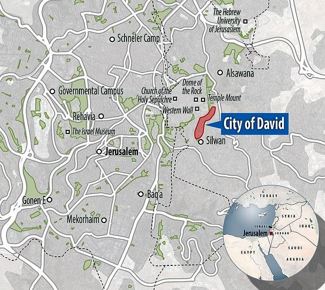 Tembolok fosil hiu yang tidak dapat dijelaskan diambil dari situs berusia 2.900 tahun di Kota Daud di Yerusalem