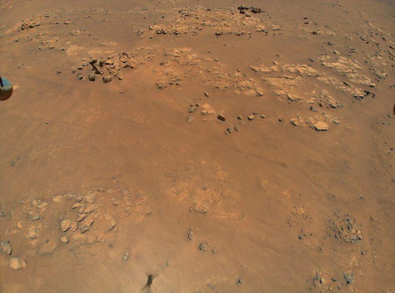 Mengangkat tepi Mars
