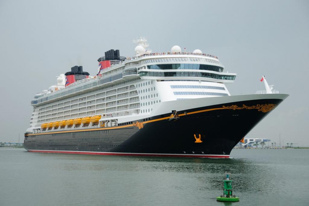Disney Dream memulai penerbangan uji coba, membuka jalan bagi kembalinya industri pelayaran - WFTV