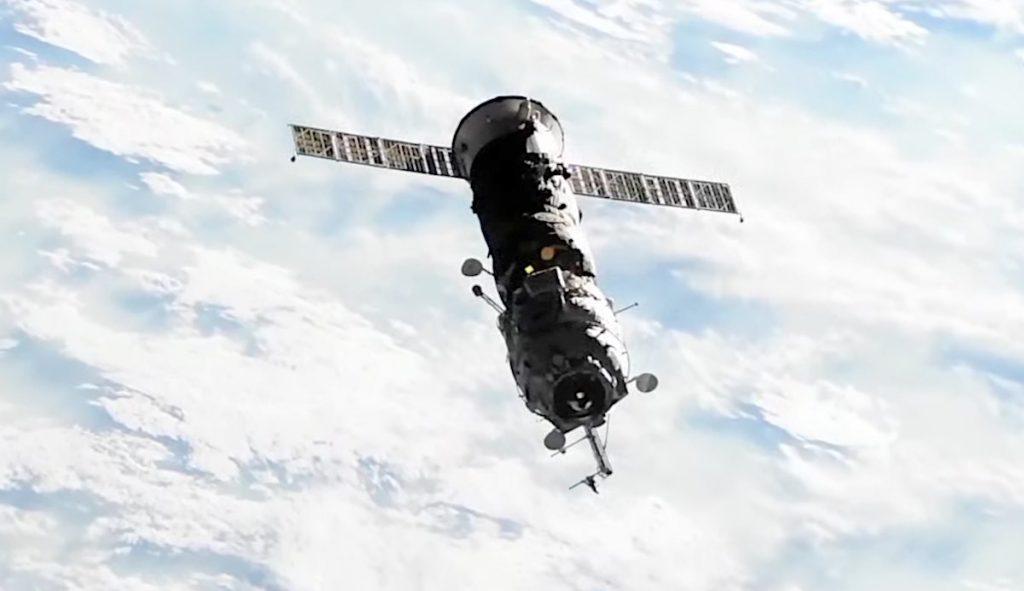 Pesawat ruang angkasa Pirs Rusia telah ditinggalkan setelah 20 tahun bertugas di stasiun luar angkasa - Spaceflight Now