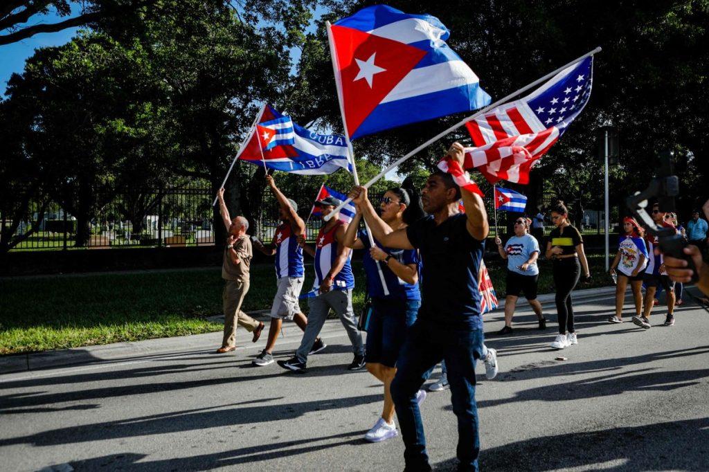 Alat pengelakan sensor membantu 1,4 juta orang Kuba mengakses Internet
