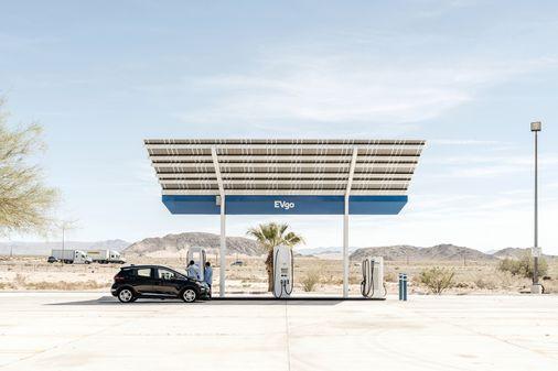 Biden berusaha untuk menjanjikan 40% dari penjualan mobil AS untuk menjadi listrik pada tahun 2030