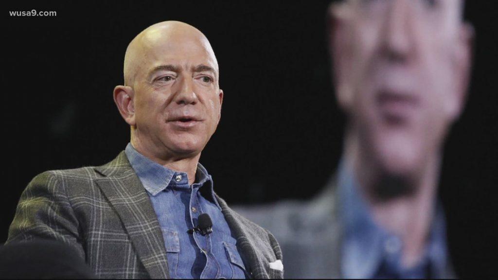 Jeff Bezos donates $200 million to the Smithsonian