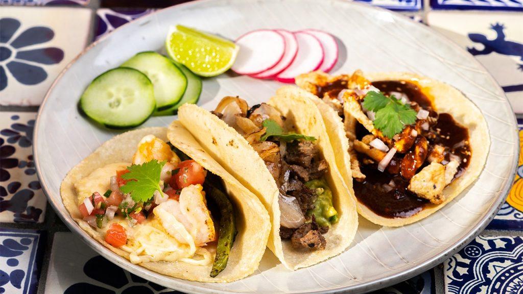 McCormick ditunjuk sebagai Direktur Hubungan Taco dan pekerjaan itu akan memiliki konsesi makanan