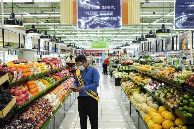 Pasar Berkembang: Saham Filipina mencapai level terendah sejak 27 Mei karena pembatasan virus membebani sentimen risiko di Asia