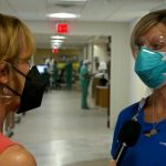 Perawat mengatakan pasien COVID-19 'memohon' untuk vaksinasi