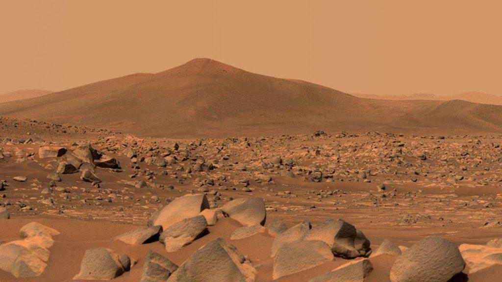 Pesawat ruang angkasa Mars Perseverance NASA mengambil gambar formasi batuan unik di dasar danau kuno