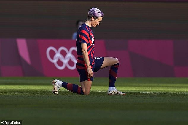 Digambarkan mengenakan lututnya sebelum pertandingan Tim USA di Tokyo, wanita berusia 36 tahun ini sama terkenalnya dengan aktivisme dan keterampilan atletiknya.