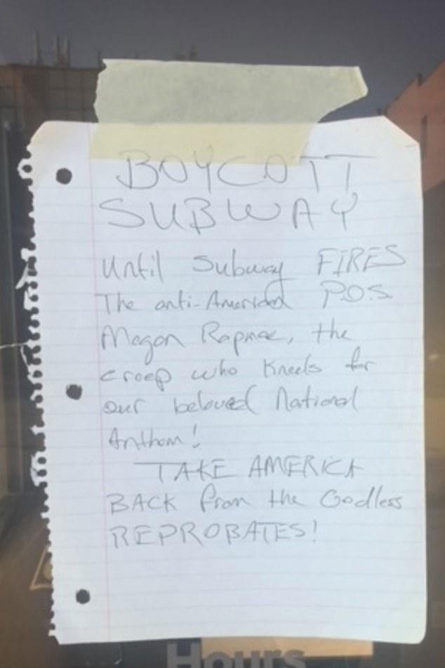 Seorang pemilik waralaba Wisconsin membagikan foto catatan yang dipasang di pintunya dengan Asosiasi Waralaba Subway Amerika Utara (NAASF)