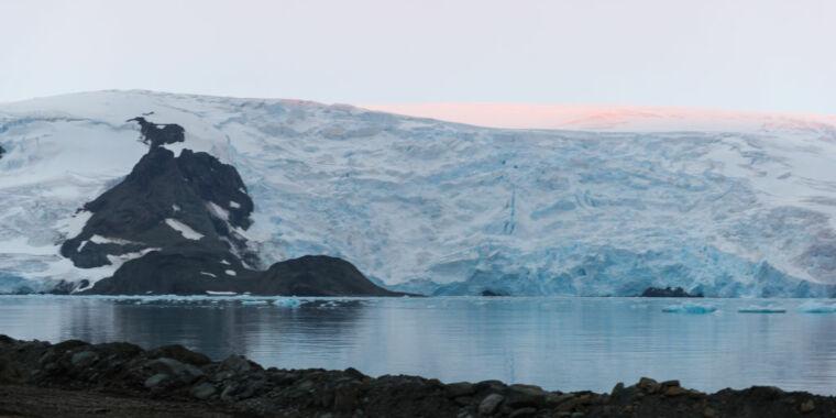 Titik kritis iklim menambah biaya emisi karbon