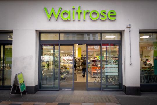 Etalase Waitrose & Co.