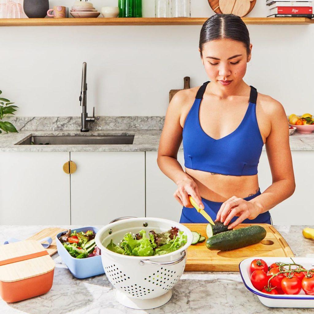Ingin menurunkan berat badan tetapi tidak suka menghitung kalori?  Coba 3 tips ini dari ahli gizi