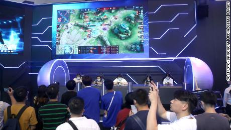 Tencent Chen Membatasi Durasi Layar Setelah Media Pemerintah China Mengatakan Game Adalah '  Candu jiwaku & # 39;
