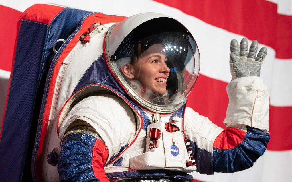 SpaceX dapat membuat pakaian luar angkasa baru untuk NASA