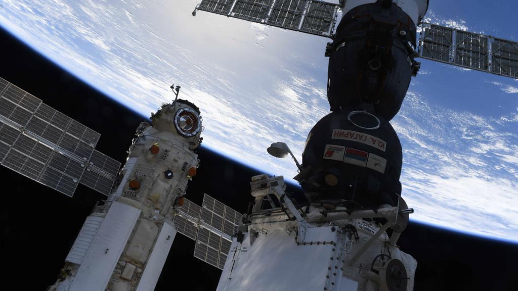 Stasiun Luar Angkasa Internasional tidak terkendali setelah kegagalan modul Rusia
