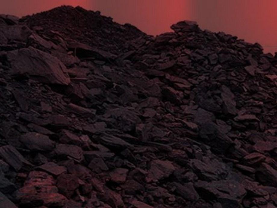 Pembangkit listrik tenaga batu bara 27 GW dapat membahayakan target energi terbarukan India: lapor