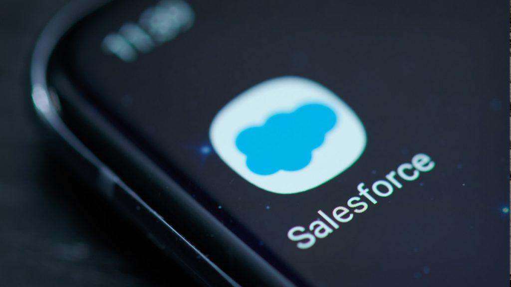 Saham Salesforce melonjak berdasarkan perkiraan menjelang Hari Investor