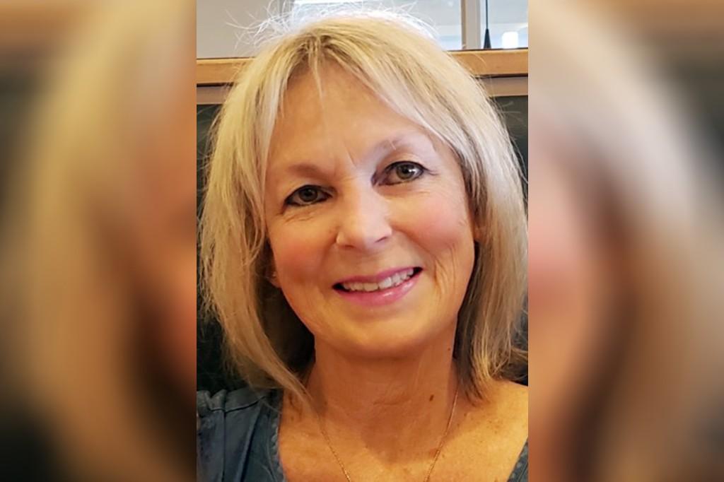 Berita kematian seorang wanita yang menyalahkan kurangnya vaksinasi atas kematian COVID