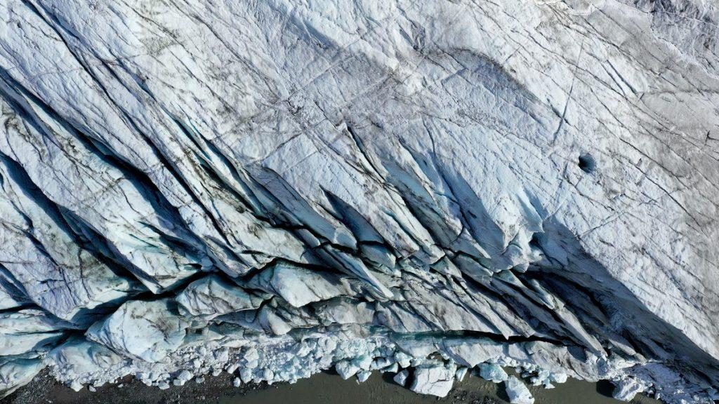 Perubahan iklim membuat kerak bumi berubah dengan cara yang aneh dan baru