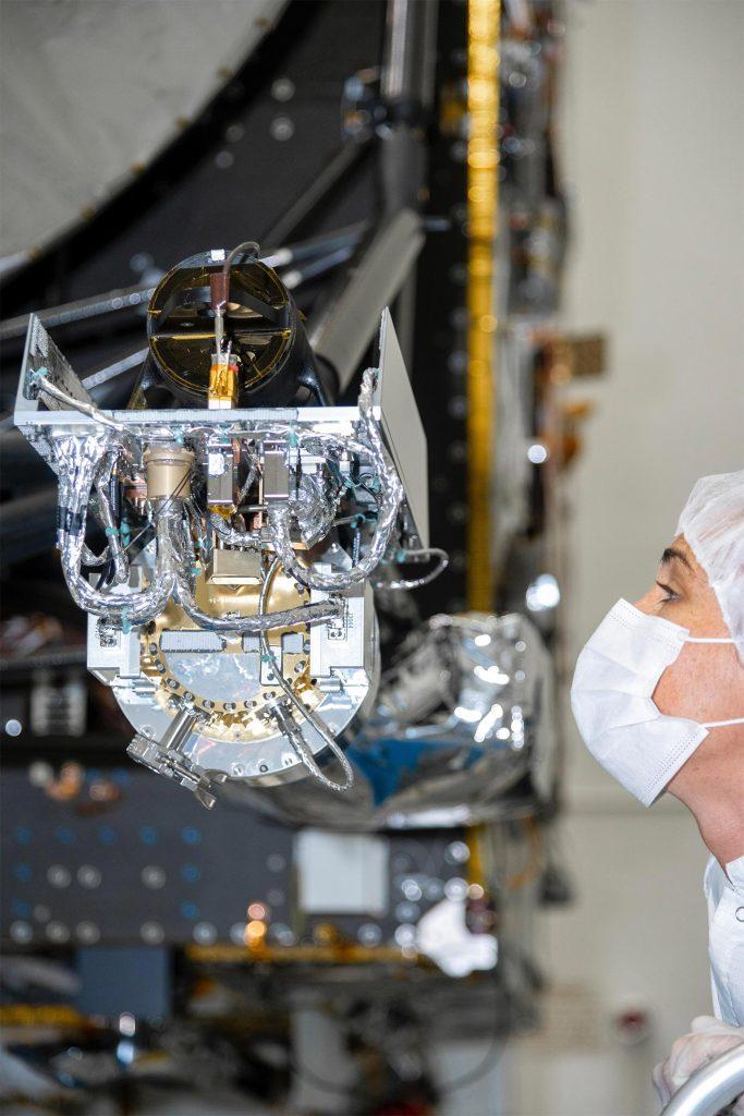 Sinar gamma dan spektrometer neutron dari Psyche