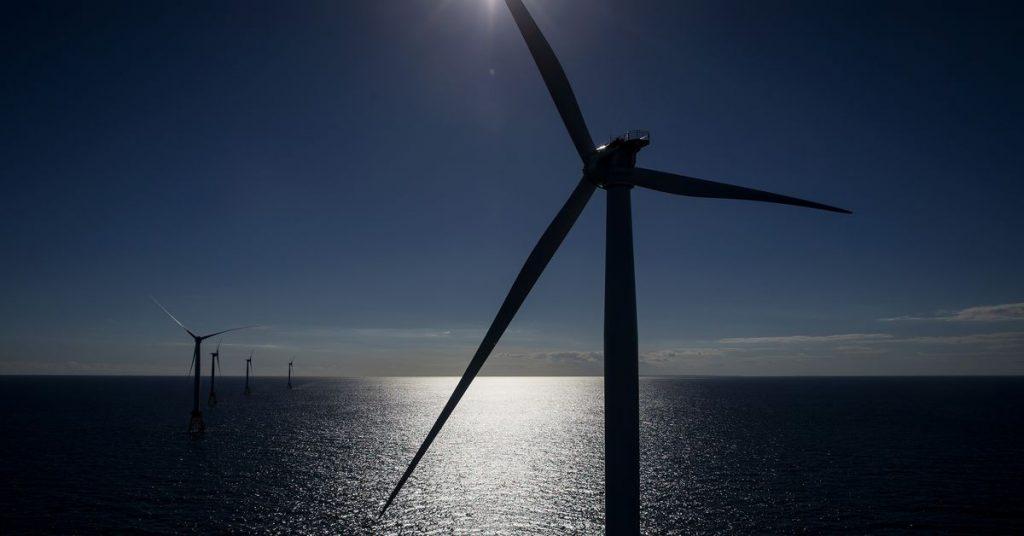 Administrasi Biden memberi dorongan besar pada ladang angin lepas pantai